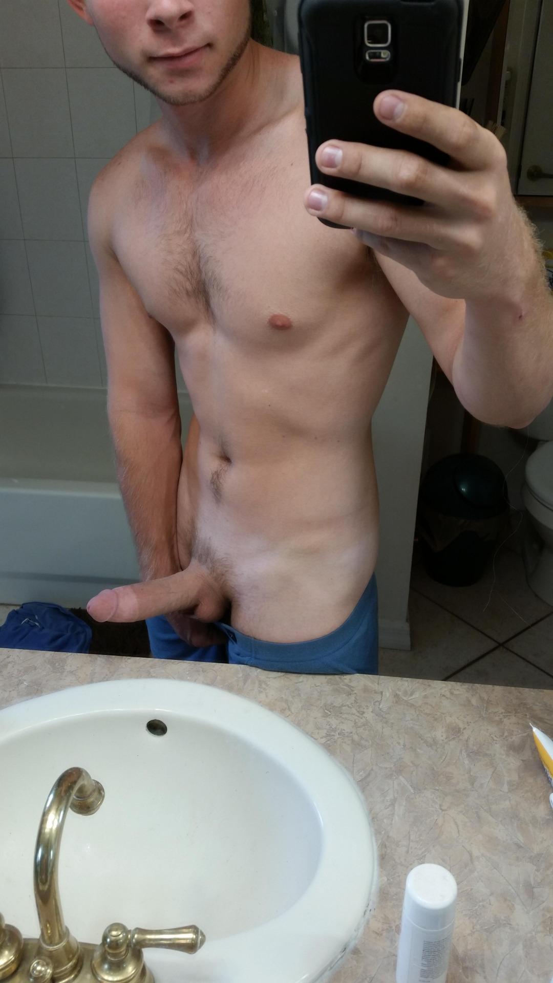 College Gay Sammzz Showing Cock On Cam  Mrgays-5152