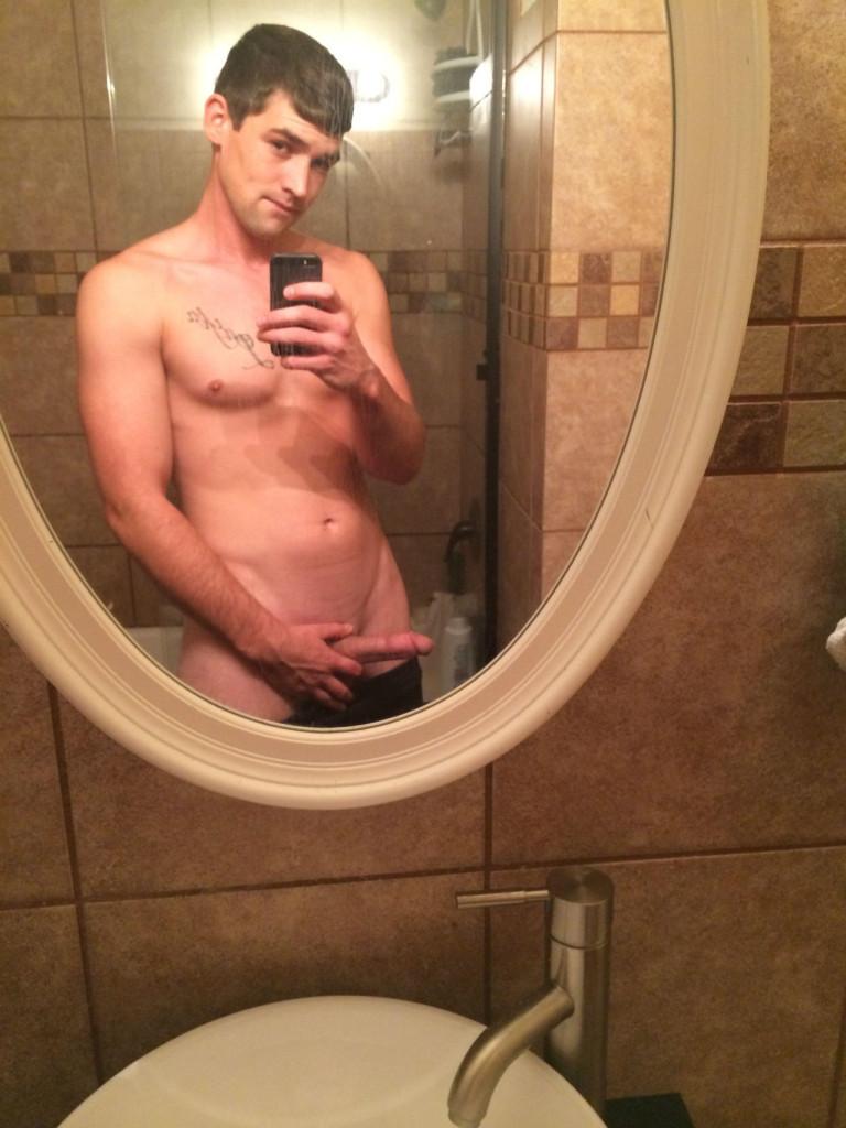nude-gay-hunk3