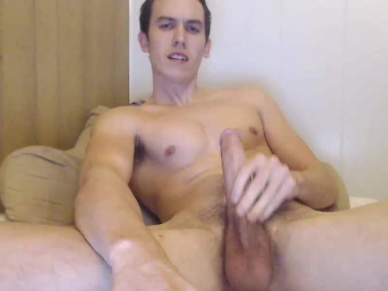 College Guy Gregkerx Wanks Off And Shoots Nice Load Of Cum