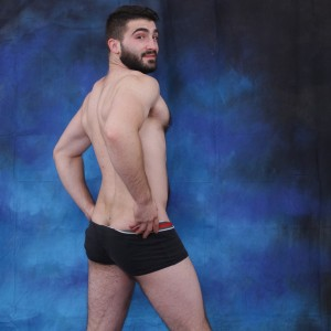 Hotguydylan hot hairy guy with beautiful body here for your pleasure 3