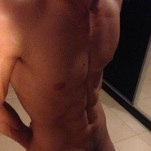 Ryaang-nude