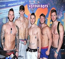 Horny Gay Guys Voyeur_boys On Live Cam