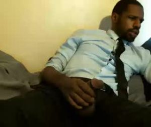 Black Cam Gay Guy With His Huge Dick Is Ready To Play