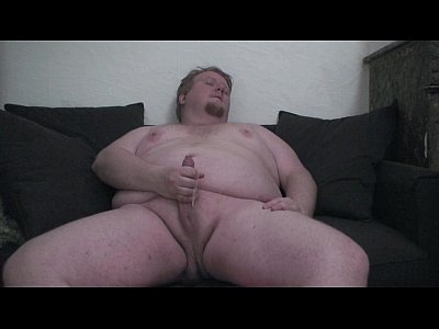 Fat Gay Guy Having Wank Time On Cam Show