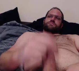 American Gay Bear Wanks Off On His Live Webcam