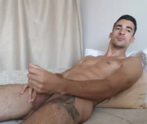 Sexy Hunk Gay Guy Jerks Off Today On His Live Webcam