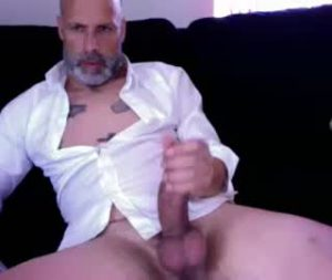 Portuguese Mature Cam Gay Lucca Wanks Off His Big Fat Dick