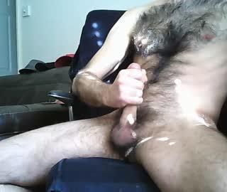 Hairy Cam Gay Dude Matt Wanks His Cute Dick