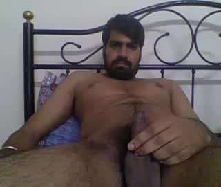 Handsome Straight Indian Guy Thukral Shows Off His Naked Body On Gay Webcam
