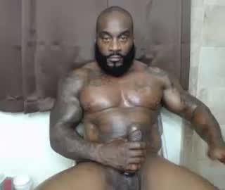Muscular Black Gay Dude Goes Totally Naked On Cam Show