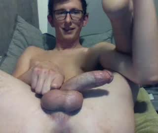 Slim Nerdy Cam Gay Steve Exposes His Hot Dick