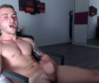 Sexy Irish Gay Guy Arthur Masturbates On Live Cam