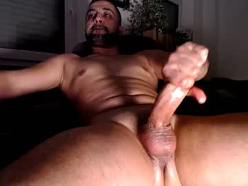 Muscle Gay Dude Masturbates His Big Hard Dick