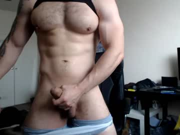 Fit Latino Brokeandstraight25 On Cam