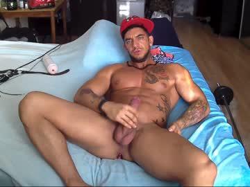 Muscular Webcam Gay Johnnyfun_xxx Rubs His Thick Dick